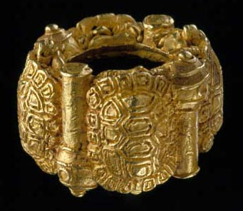 African Gold From The Glassell Collection Chief S Ring
