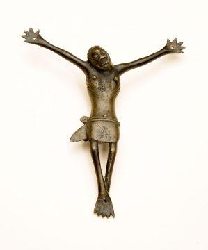 Crucifix (<em>nkangi kiditu</em>)