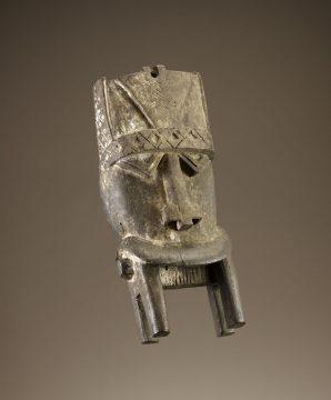 Mask <em>(otobo)</em>