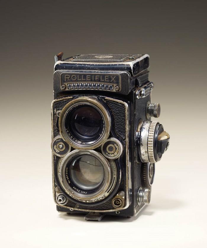 Rolleiflex camera (DBP 2.8F/Synchro Compur)