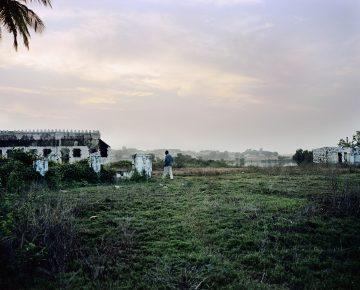 Ruins of colonial club, Bafata, 2013.