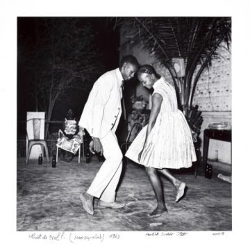 Malick Sidibé born 1935, Mali Nuit de Noël (Happy-Club) 1963, printed 2008 Gelatin silver print Image: 42.5 x 43 cm (16 3/4 x 16 15/16 in.) Sheet: 61 x 50 cm (24 x 19 11/16 in.) National Museum of African Art, Smithsonian Institution, museum purchase, 2009-12-3 Photograph by Franko Khoury