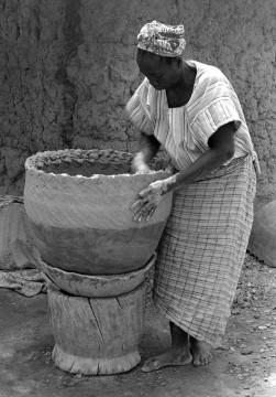 Yoruba Potter